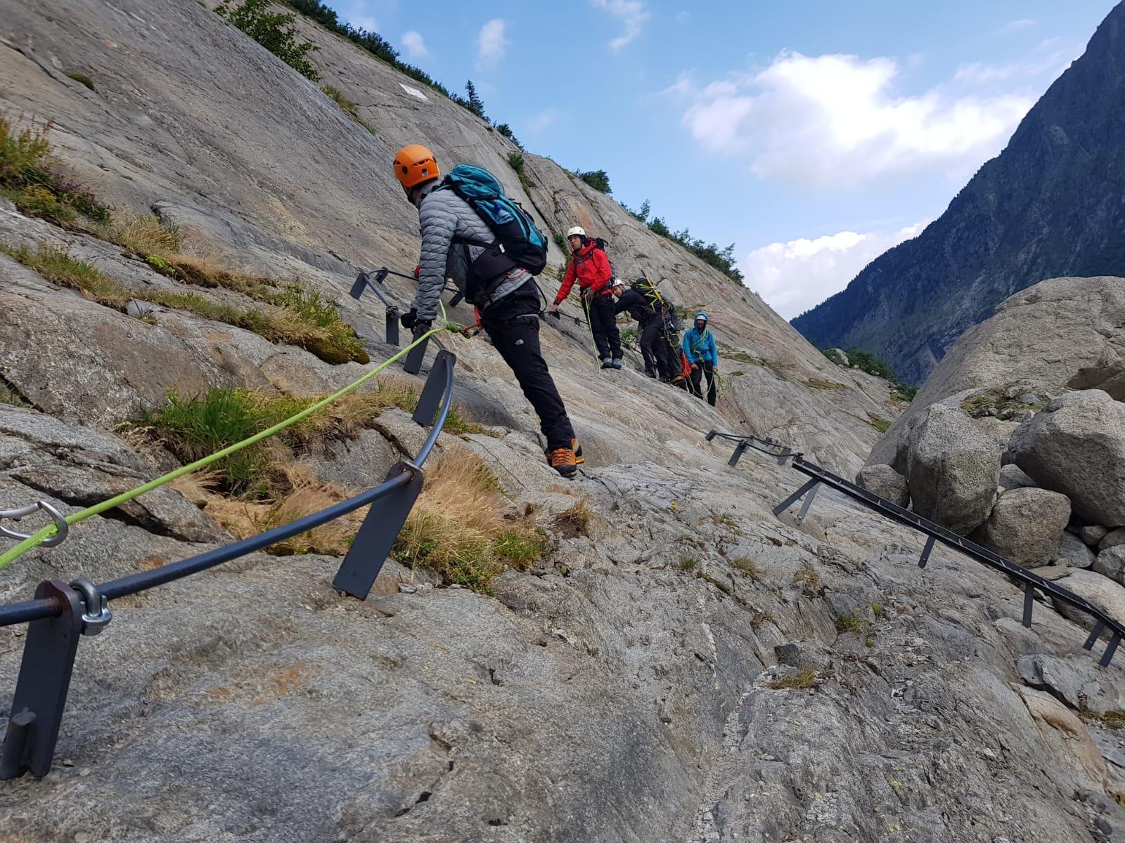 polaris-memovox-reaching-4000m-heigh-at-the-alpes-breithorn-3
